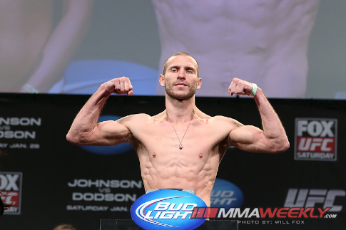 10-donald-cerrone-ufc-on-fox-6-weigh-3245